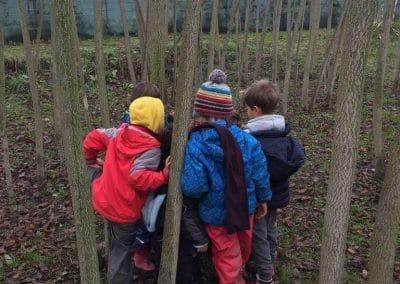 bambini nel boschetto a Bologna